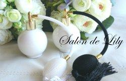 画像1: ☆ブラックパフ かわいい丸型香水瓶★ポーセラーツ白磁 パヒュームボトル
