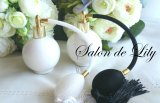 ☆ブラックパフ かわいい丸型香水瓶★ポーセラーツ白磁 パヒュームボトル
